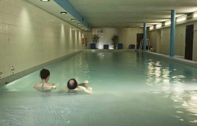 Holiday Inn Lugano Centre - Pool - 3