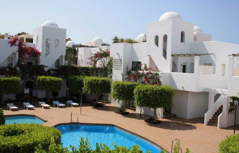Apartamentos Torrelaguna - Hotel - 0