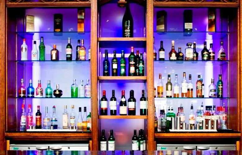 Shawlands Park Hotel - Bar - 4