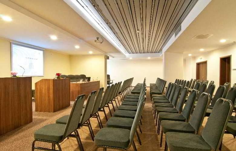 Ramada Cluj Hotel - Conference - 5