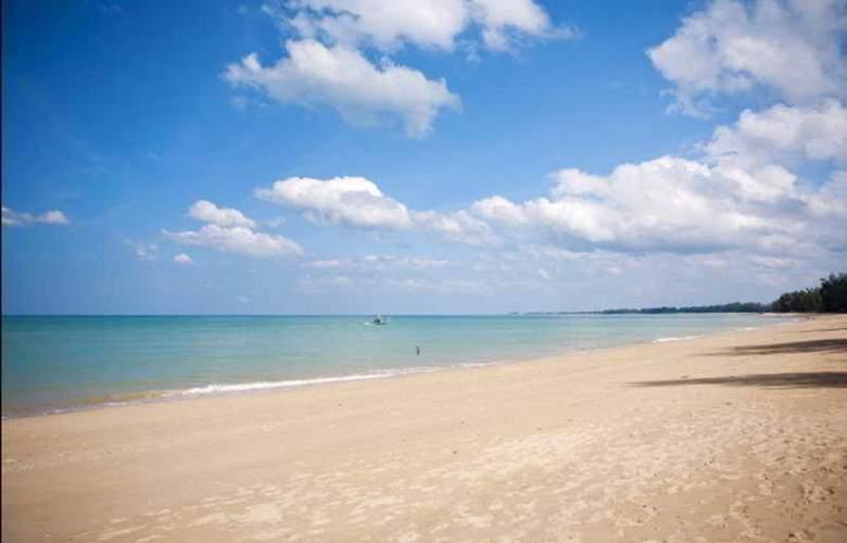 Beyond Resort Khaolak - Beach - 9