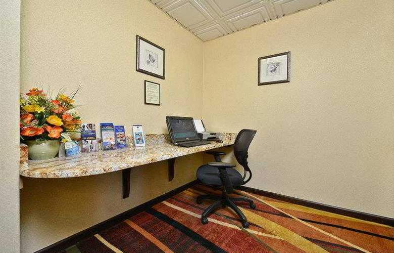 Best Western Knoxville - Hotel - 61