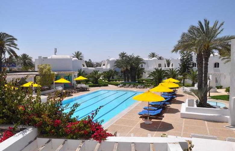 Haroun - Pool - 12