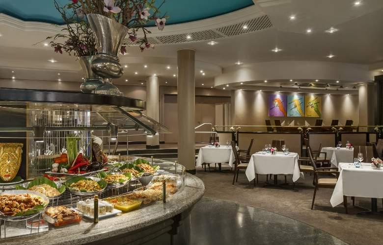 Hilton Amsterdam Airport Schiphol - Restaurant - 8