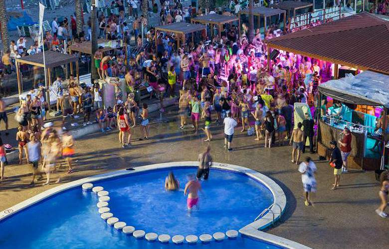 Ibiza Jet Apartments - Pool - 2