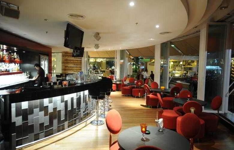 Piccolo Hotel Kuala Lumpur - Bar - 5
