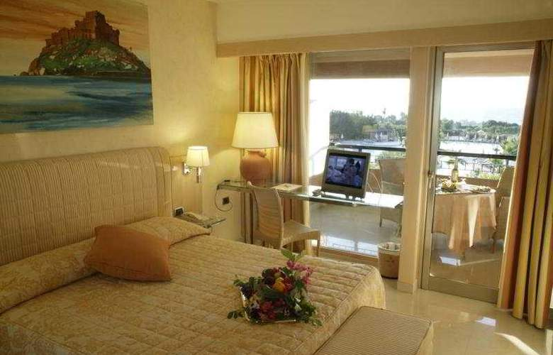 Acacia Resort Parco Dei Leoni - Room - 5