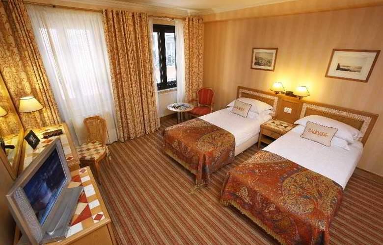 Lisboa Plaza - Room - 10