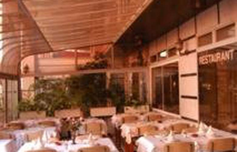 Hotel Amalay - Restaurant - 5