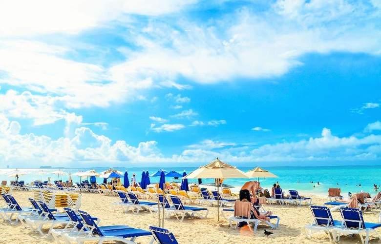 Ixchel Beach Hotel - Beach - 29