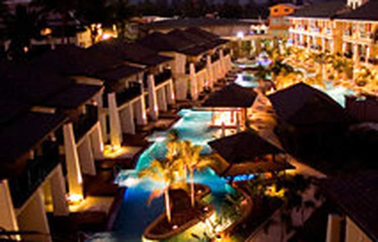 La Flora Resort & Spa - Hotel - 0