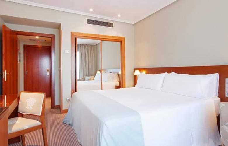 Tryp Madrid Alameda Aeropuerto - Room - 7