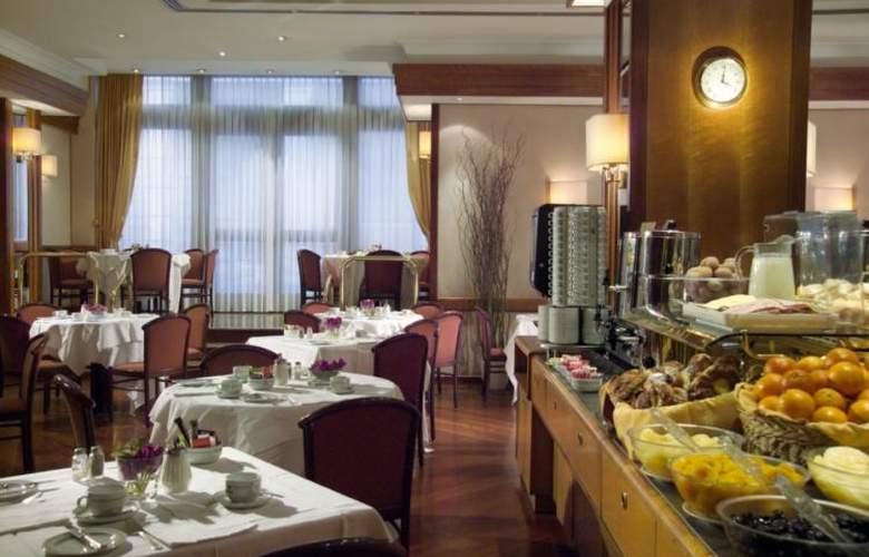 President - Restaurant - 3