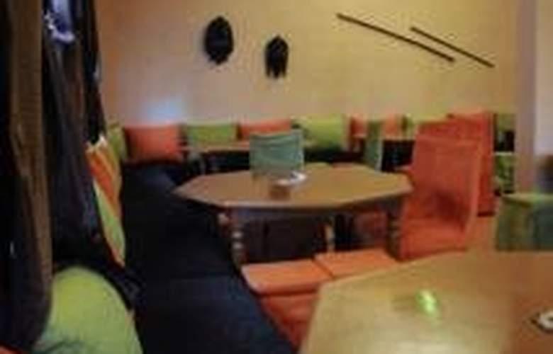 Etoile Filante D'Or - Restaurant - 9