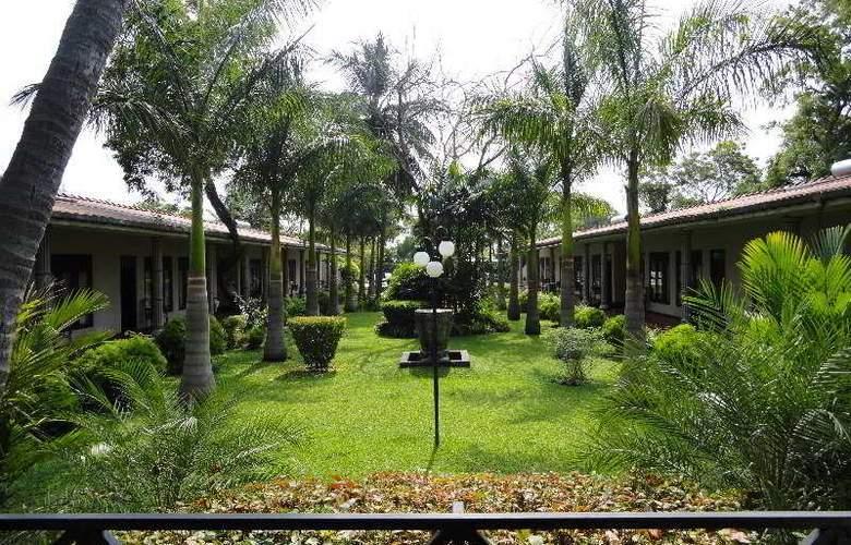 Chandrika - Hotel - 1