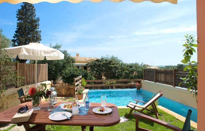La Riviera - Terrace - 4