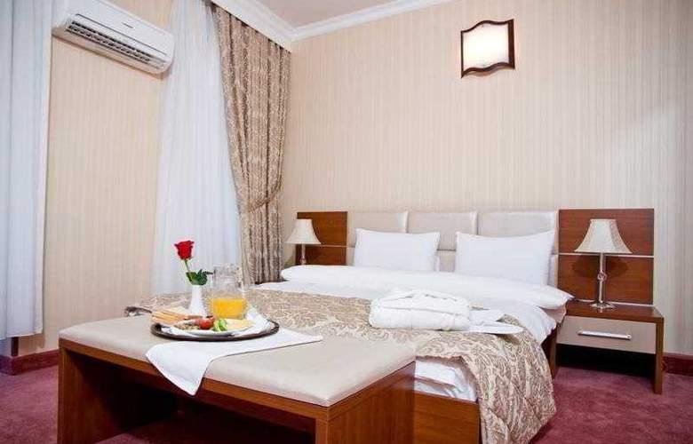 City Palace Baku - Room - 3