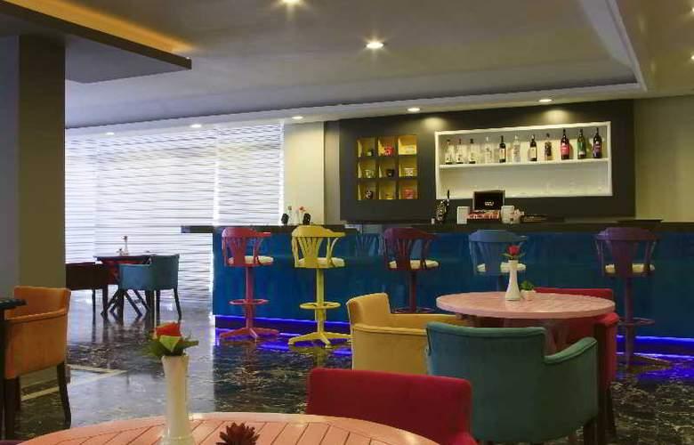 Vela Hotel - Bar - 7