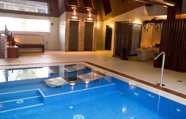 Spa Natura Resort - Pool - 8