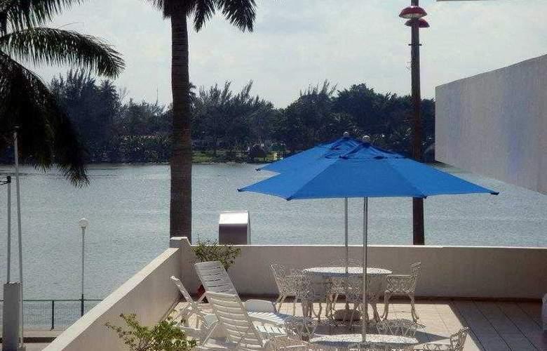 Best Western Riviera De Tuxpan - Hotel - 8