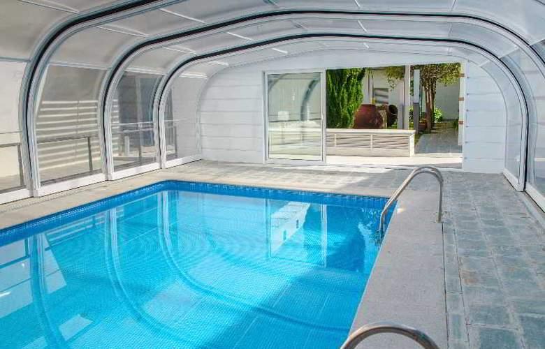 Hospederia Mirador de Llerena - Pool - 14