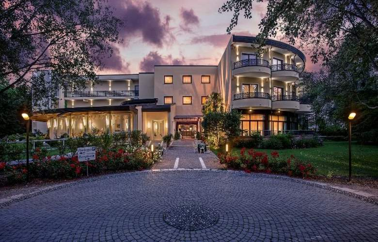 Park Hotel Junior - Hotel - 0