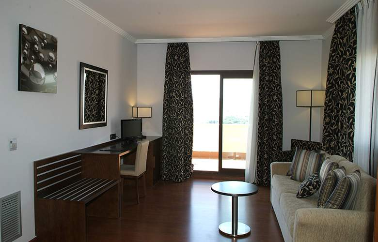 Hacienda Castellar - Room - 33