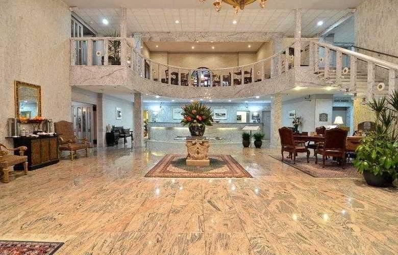 Best Western Plus Concordville Hotel - Hotel - 3