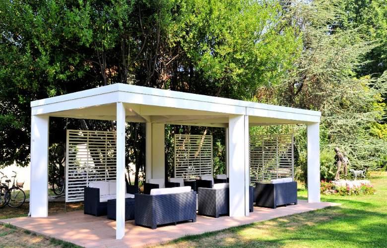 Park Hotel Villa Giustinian - Terrace - 9