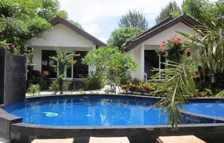 Danima Resort Lombok - Pool - 4
