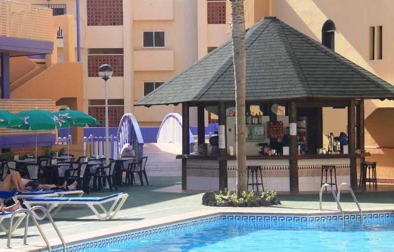 Playa Olid Suites & Apartaments - Pool - 9