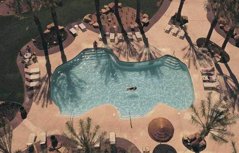 Fiesta Henderson Casino Hotel - Pool - 4