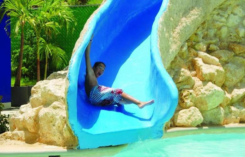 Oasis Palm - Pool - 3