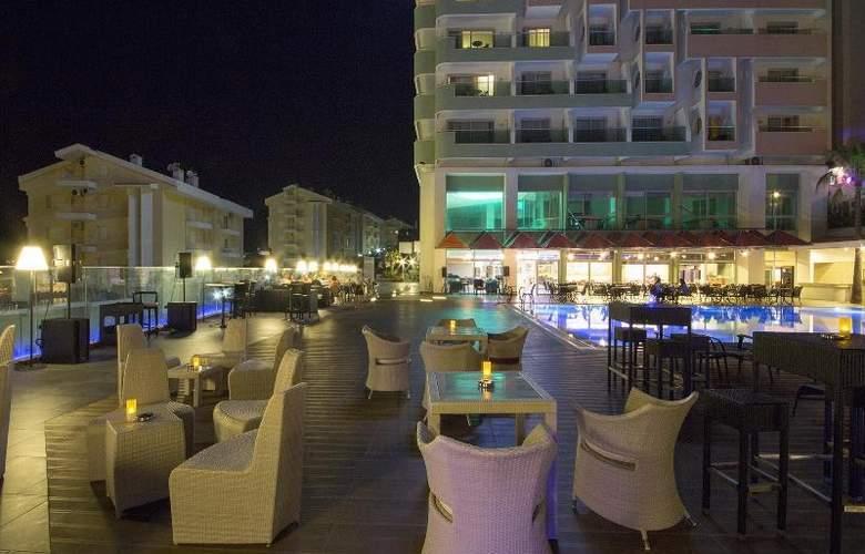 Marina Hotel - Hotel - 12
