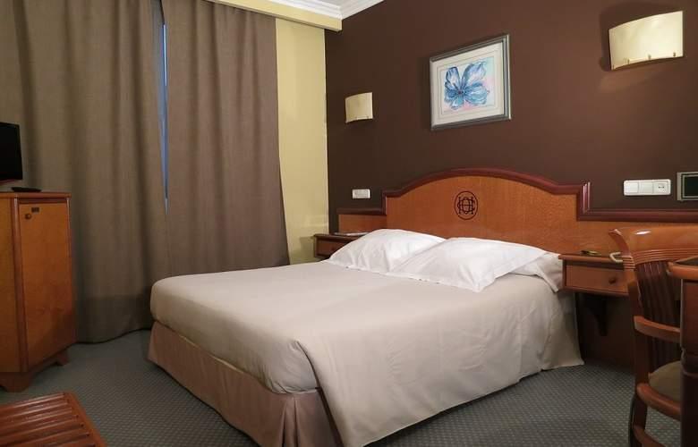 Hotel Sercotel Ciudad de Oviedo - Room - 2