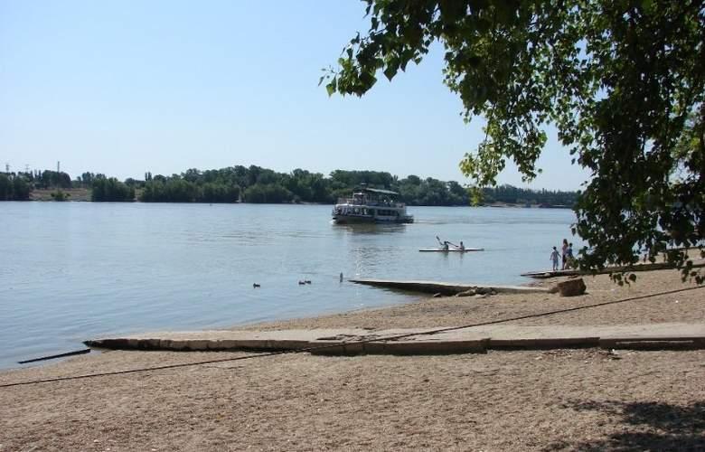 Lido Budapest - Beach - 8