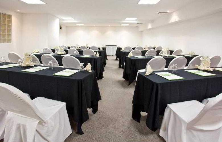 Holiday Inn Cancun Arenas - Hotel - 12