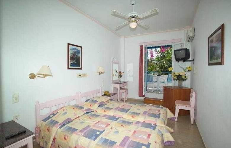 Avra Santorini - Room - 5
