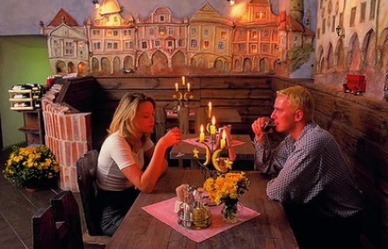 Zlaty Andel - Restaurant - 2