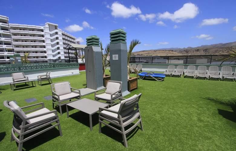Green Field - Terrace - 6