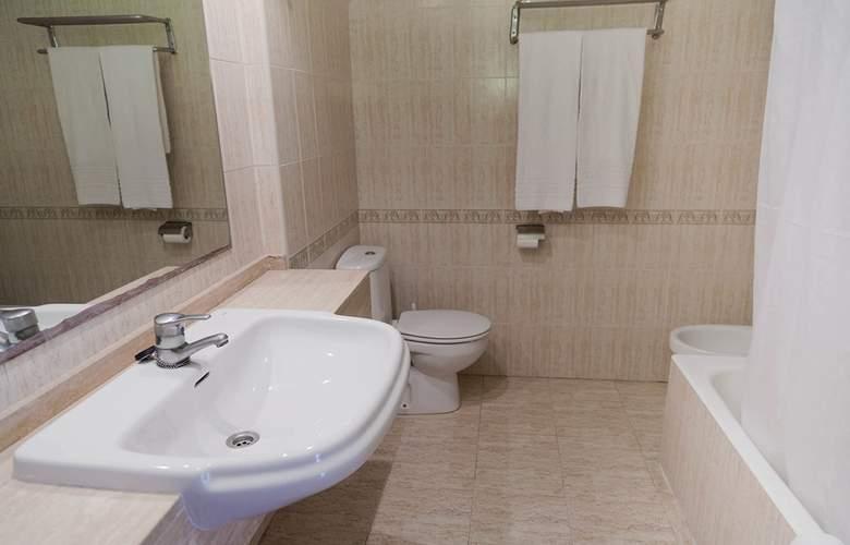 Blue Star Apartamentos - Room - 14