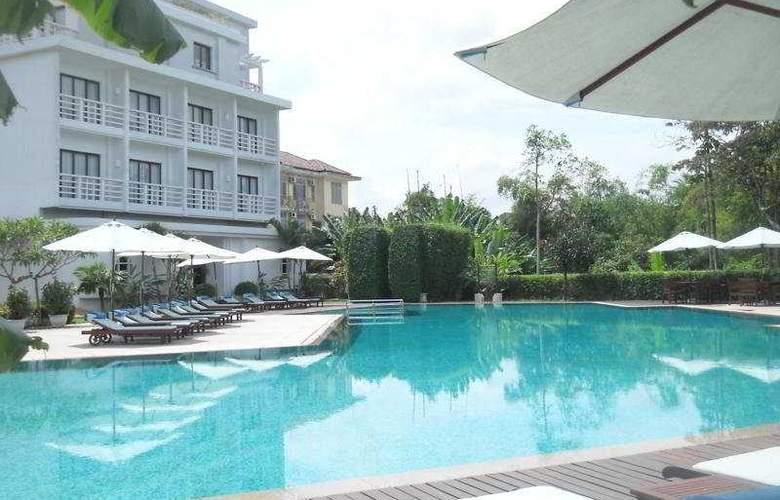 La Residence Hue - Pool - 7