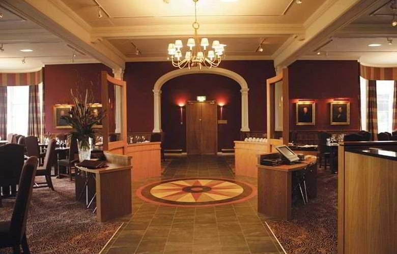 Macdonald Marine Hotel & Spa - Restaurant - 6