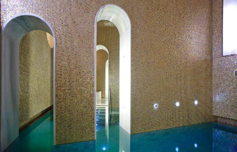 Gran Hotel Las Caldas Villa Termal - Pool - 15
