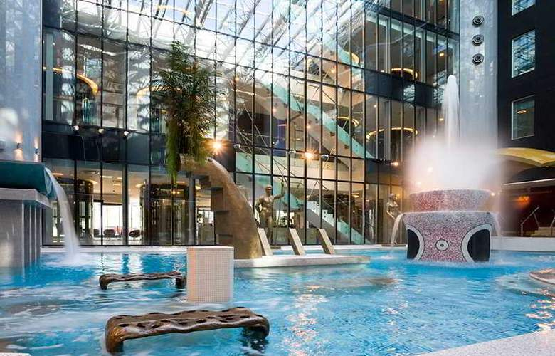 Tallink Spa & Conference Hotel - Pool - 5