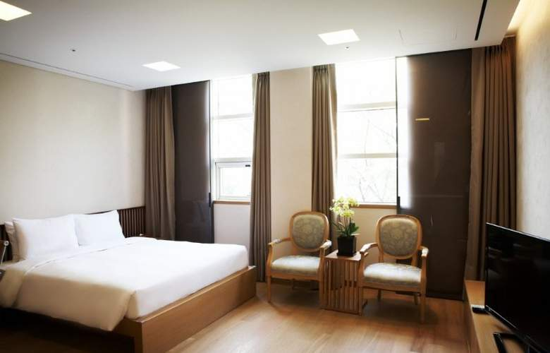 Mayfield Suite - Room - 7