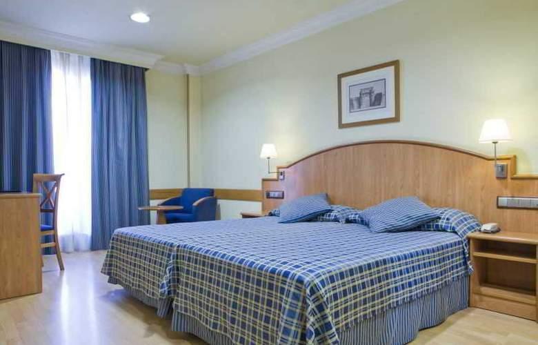 II Castillas Madrid - Room - 10