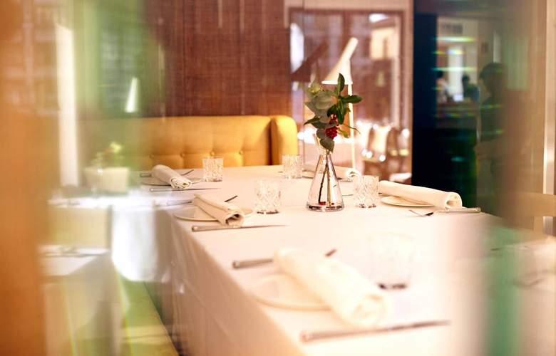 Alfonso V Sercotel - Restaurant - 31