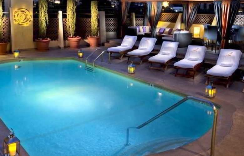 Le Parc Suite Hotel - Pool - 0