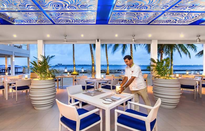 Kurumba Maldives - Restaurant - 34